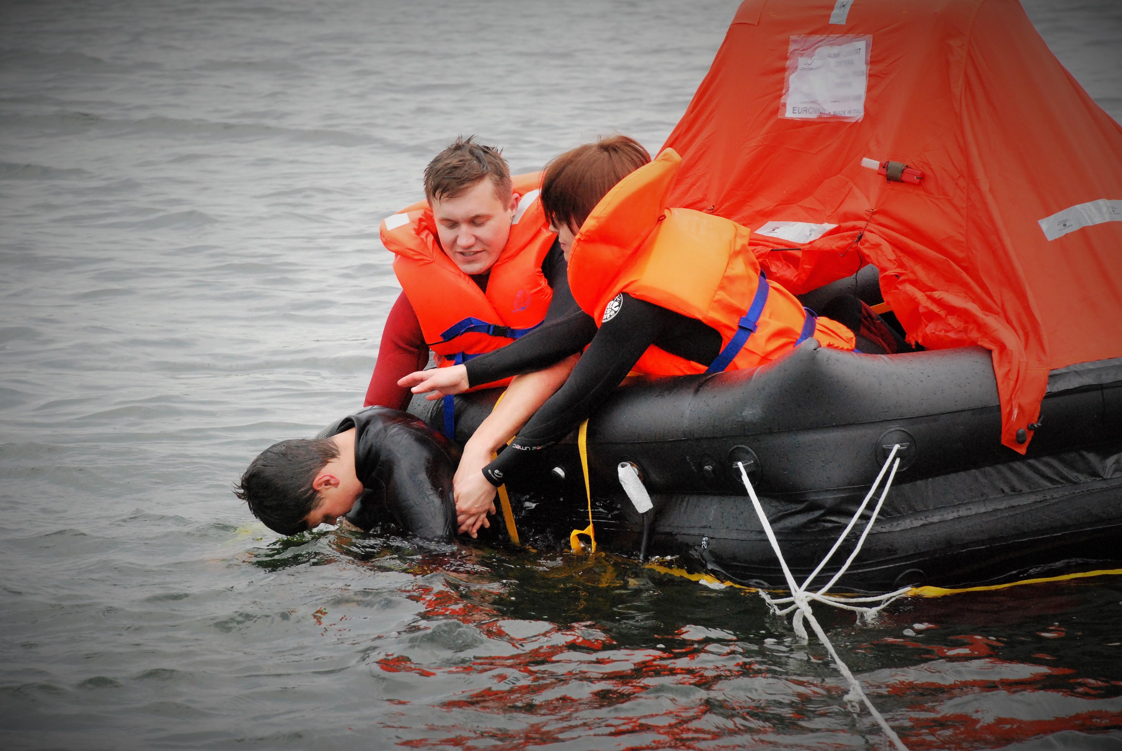 Kursy pierwszej pomocy dla nurków i żeglarzy