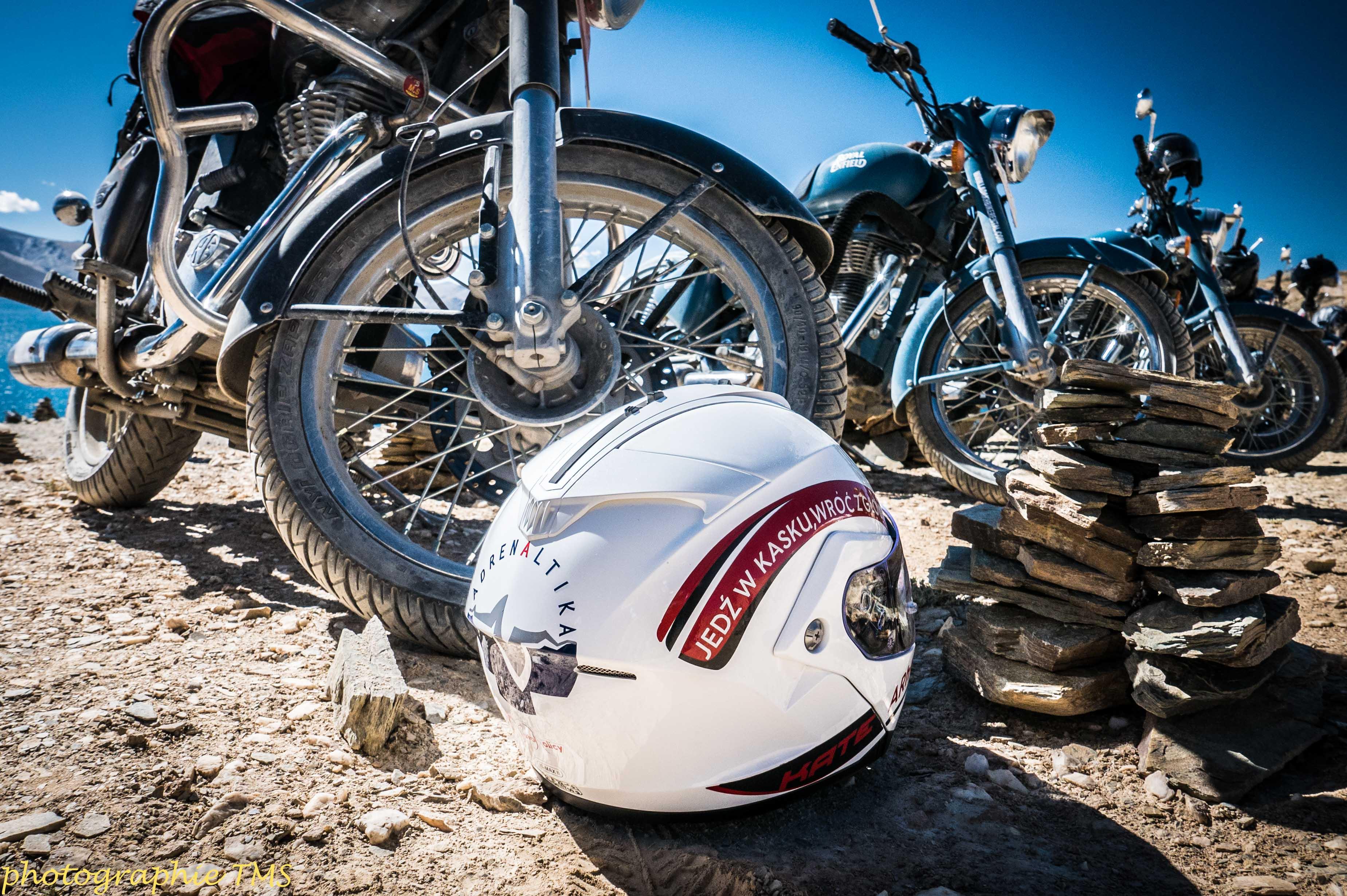 Motocyklem przez dach świata